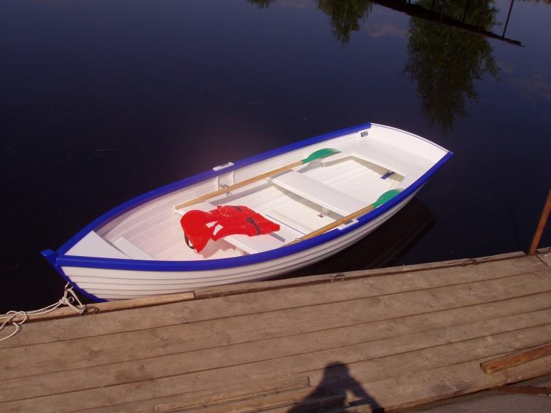 гребная лодка флит-15