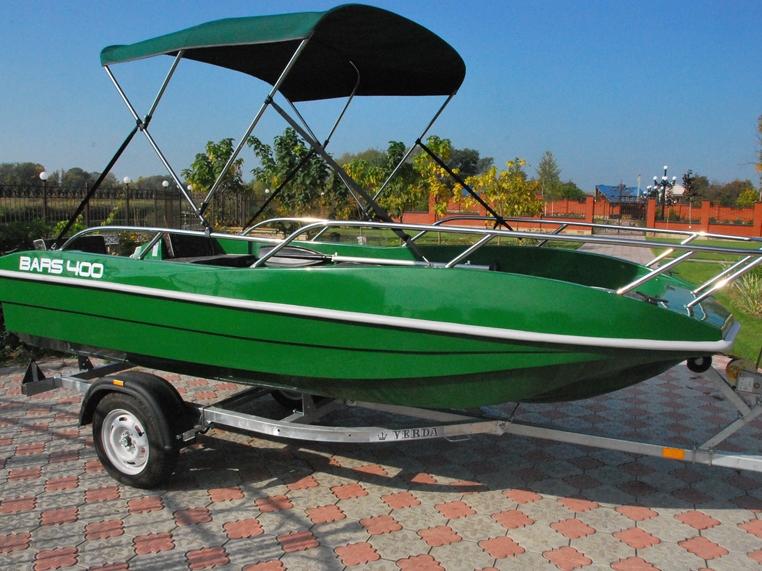 пластиковая лодка кайман с ходовым тентом