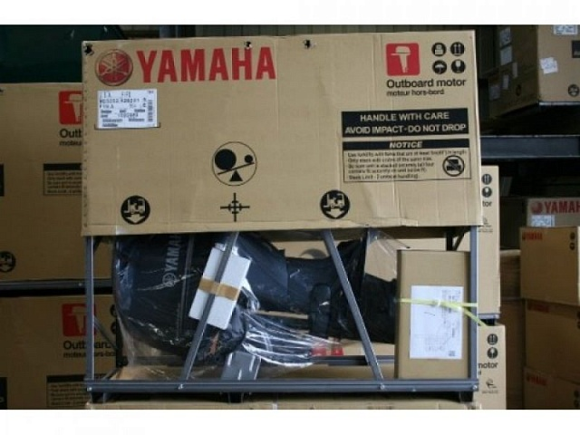 Yamaha 90HP Four 4 Stroke Outboard Motor Engine